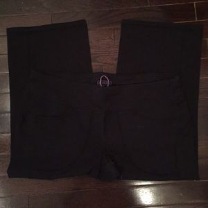 Athleta Pants - Athleta crop pants with pockets